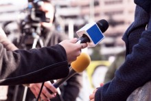 multiple microphones at an inteview or press conference
