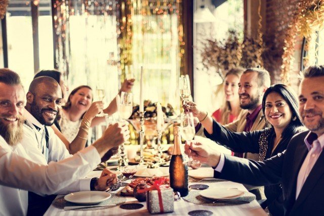 Throw the best holiday party your friends and family will go to this holiday season with these hospitality planning tips!
