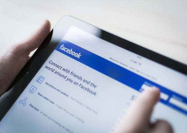 Facebook is updating their algorithm regarding what appears in users' news feeds. Read more on the JWU Online Blog.