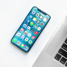 smartphone with social media apps, social media pps on phone, social media apps on iPhone, how to improve your social strategy, improve social media strategy